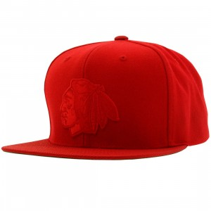 Mitchell And Ness Chicago Black Hawks Tonal Ballistic QS Snapback Cap (red)